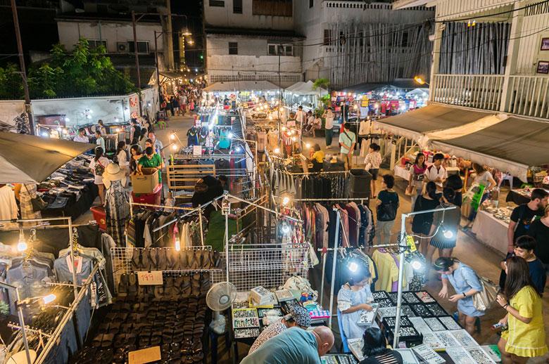 Image source:https://thailand-guide.org/wp-content/uploads/2016/07/Cicada-Market-Edi-Hua-Hin.jpg