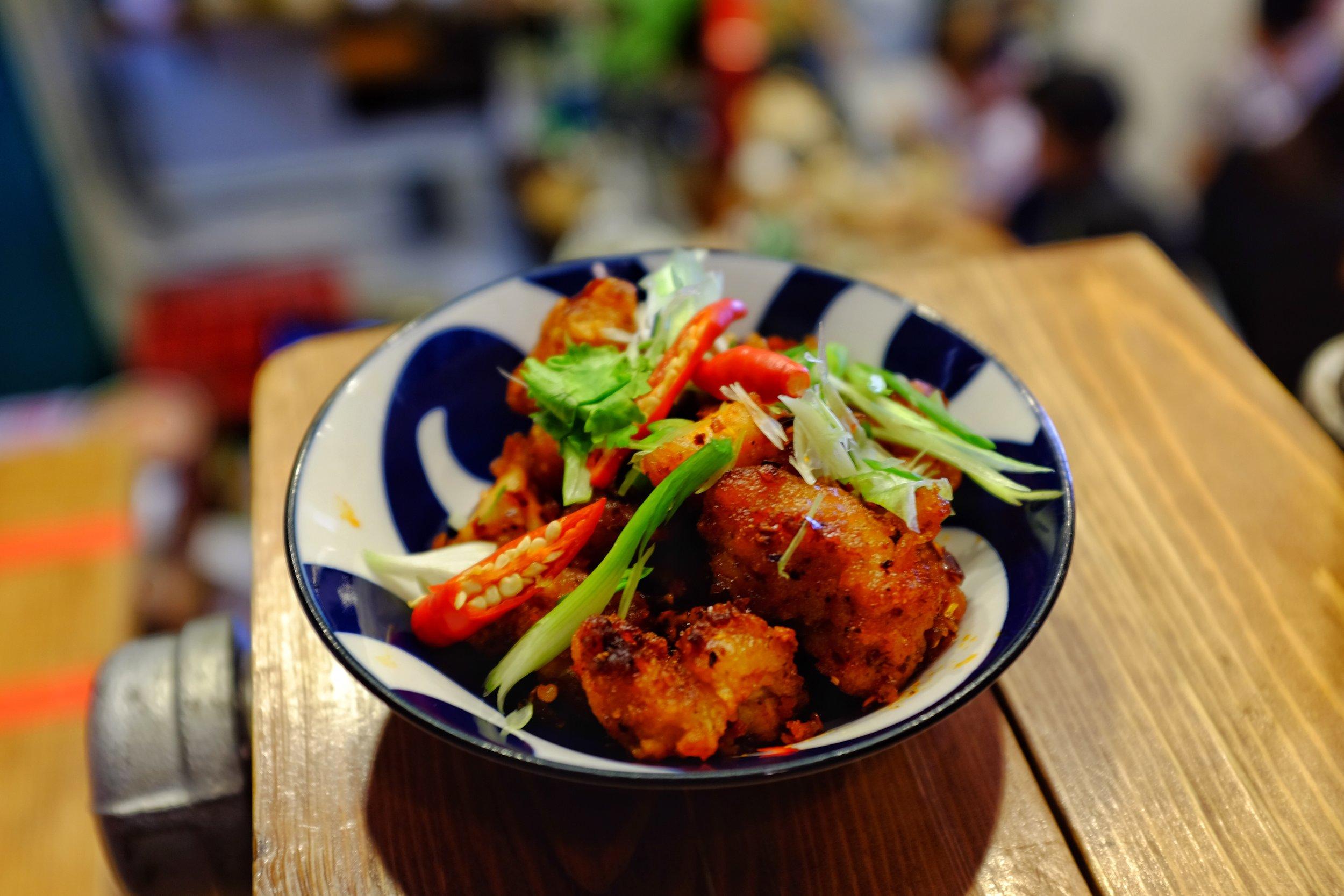 lhong tou cafe yaowarat bangkok