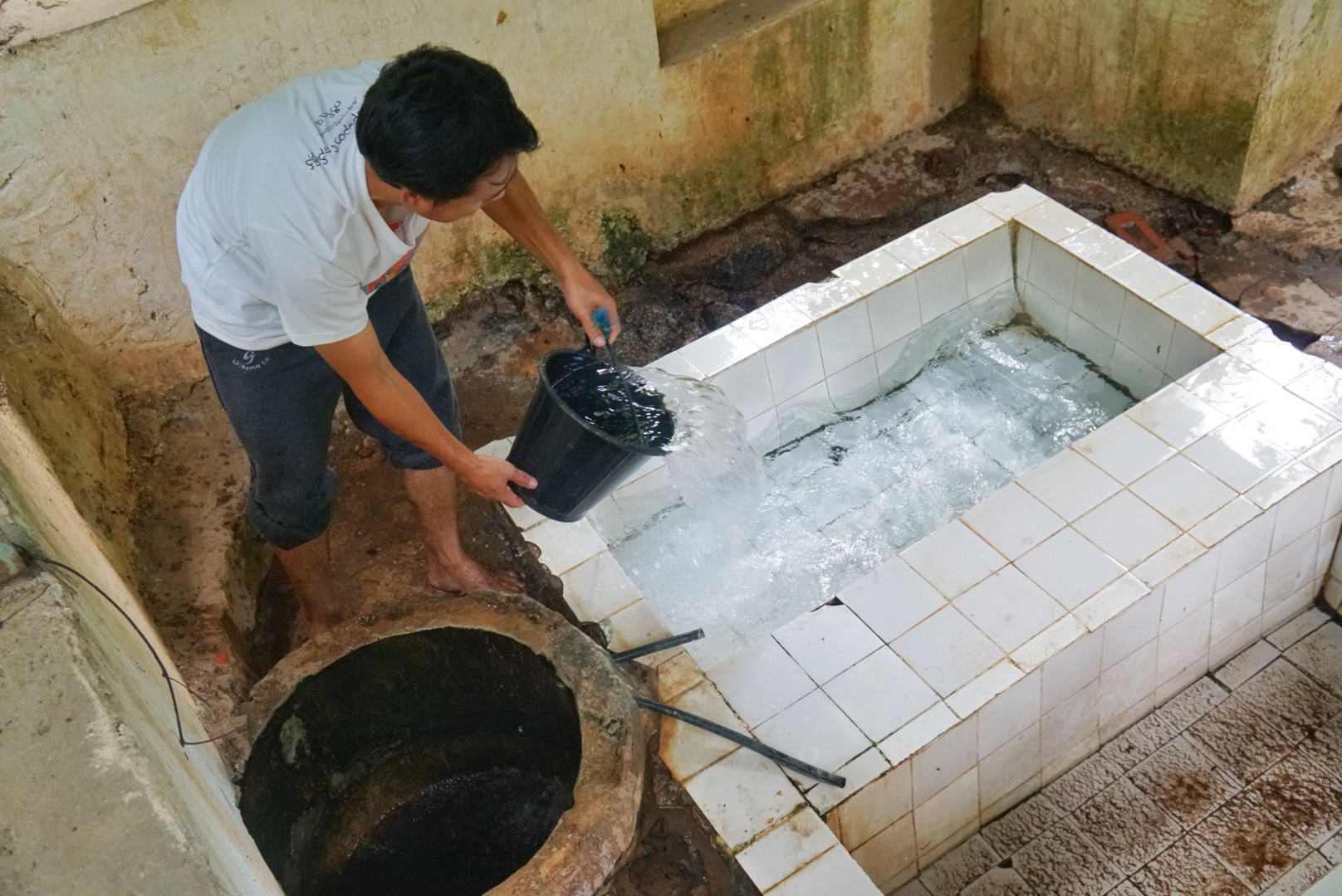 thandaunggyi myanmar hot spring
