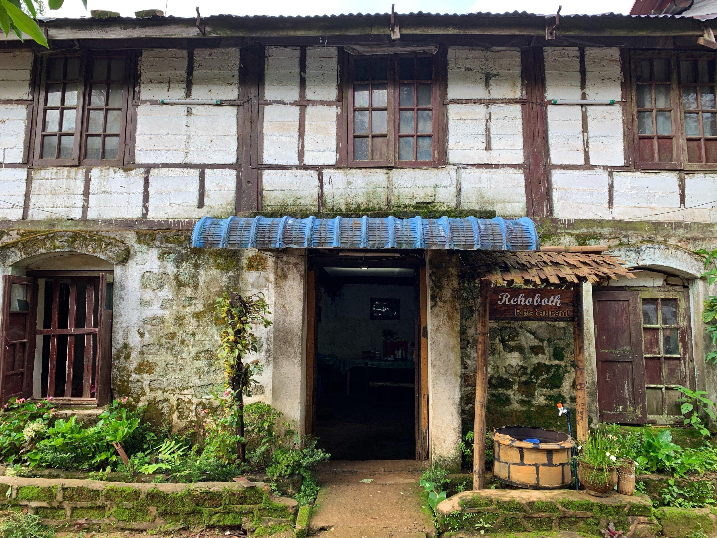 thandaunggyi accommodation myanmar kaing's b&b
