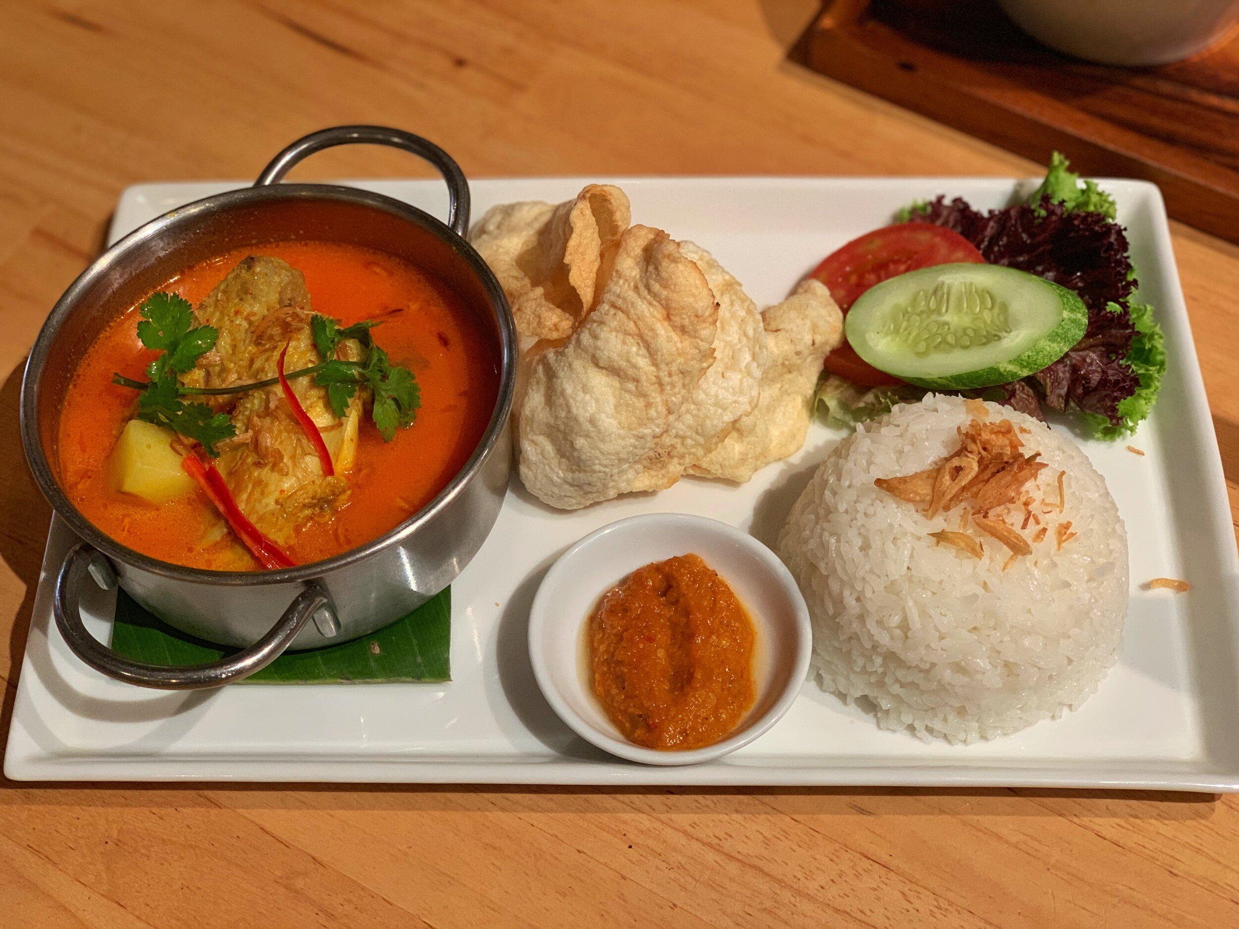 hummingbird cafe food bandung indonesia