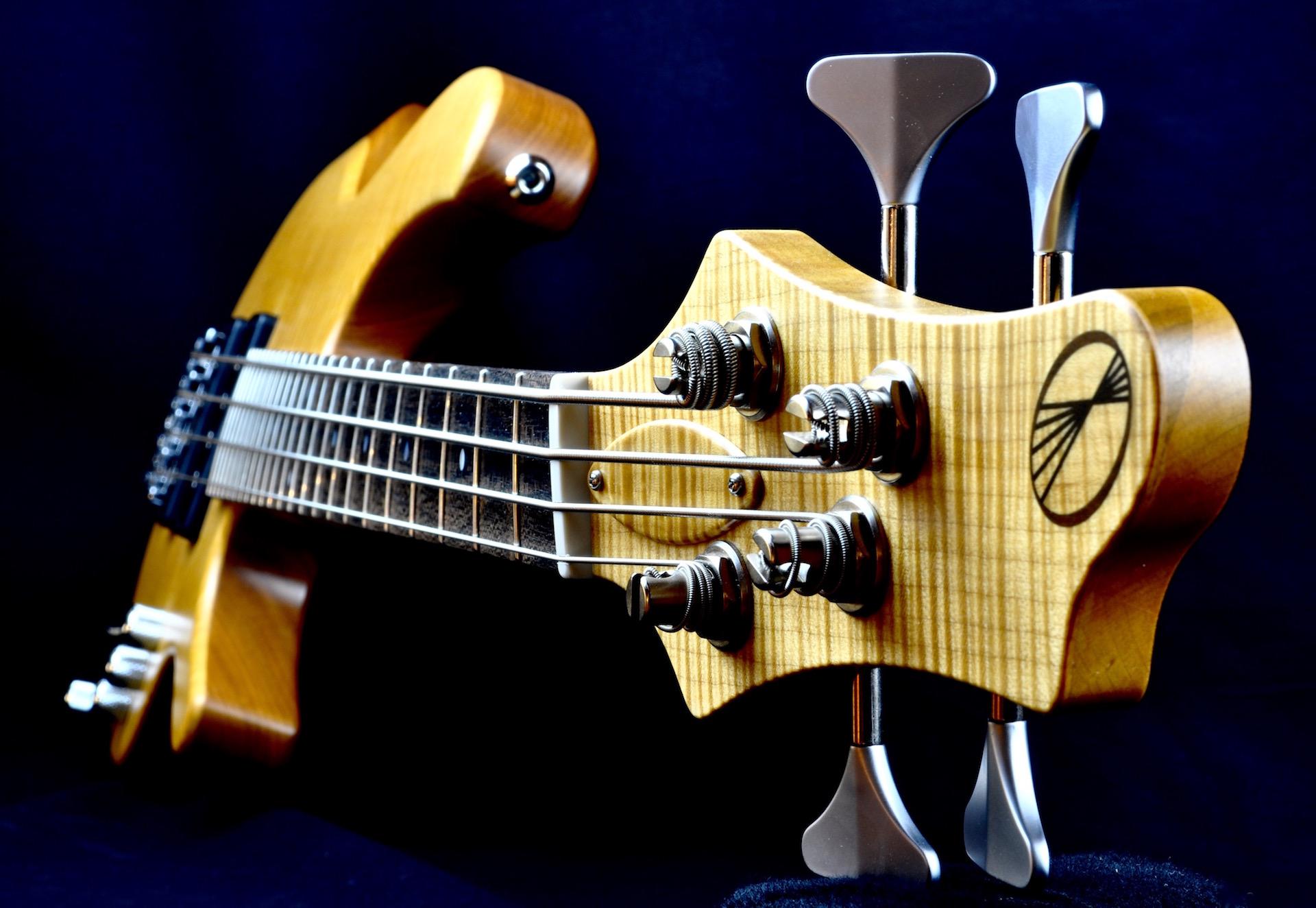 Torzal_Guitars_Natural_Twist_Content_2.jpg