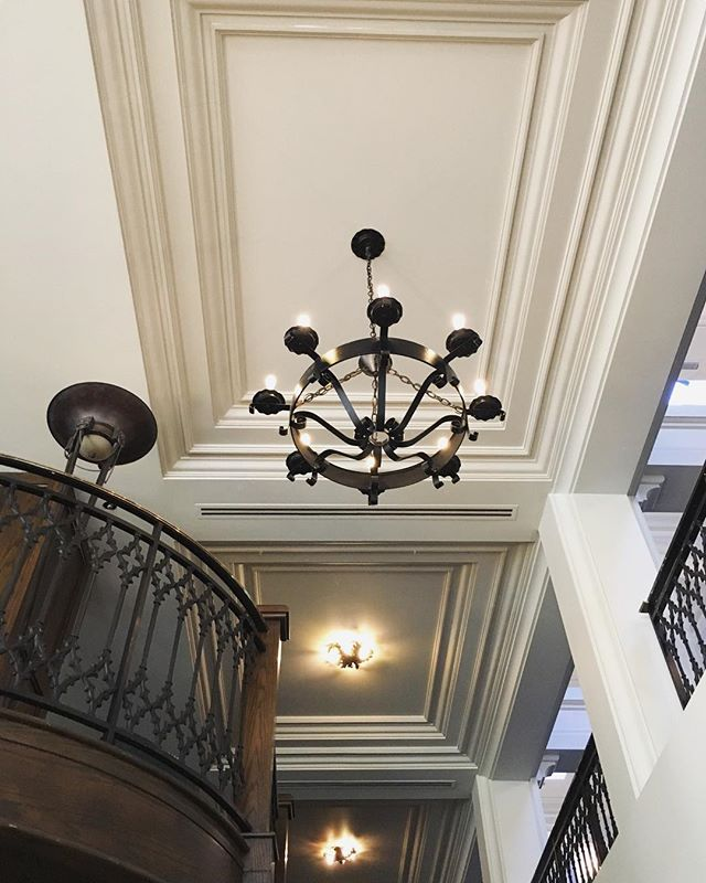 Love these ceilings and mouldings! The railings and chandeliers! This lovely spot in the relatively quiet corner of the beautiful Fairmont Banff Springs Hotel is in the Stanley Thompson Foyer, looking up the stairs towards the Ramsay Lounge (see the balcony on the left). When we visited in late 2017 the guest rooms in this wing of the hotel were undergoing a renovation, I can't wait to see what the new decor looks like when it is done!
