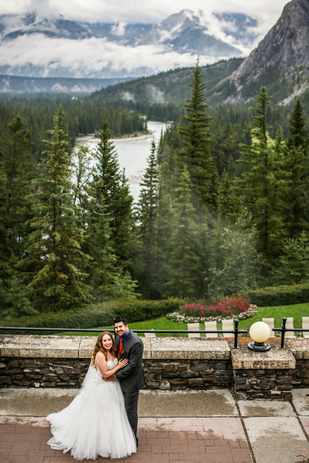 Photo and Top Banner Photo by Just Married Photography @justmarriedphotography