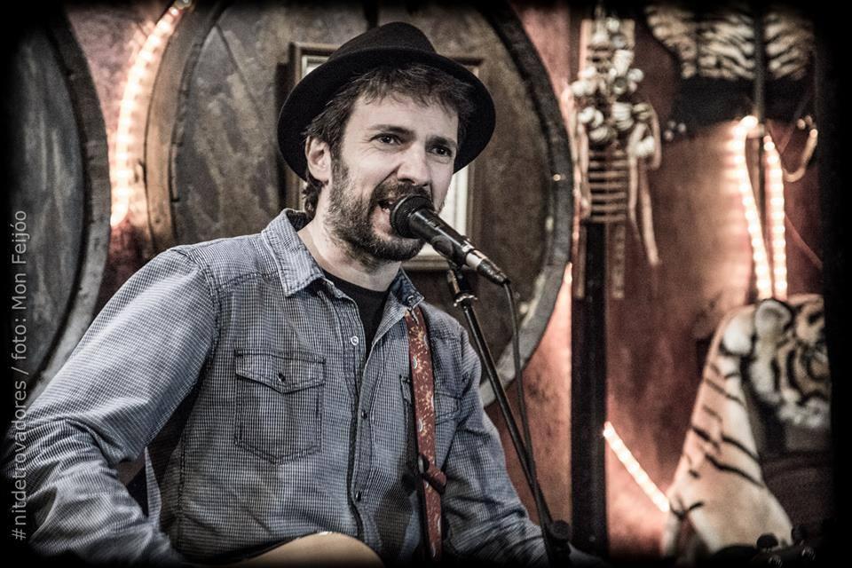 Bitter - David Delgado presenta la segona entrega del seu projecte personal, Bitter, després d'Esperant que surti el sol (Quimera Records, 2014).