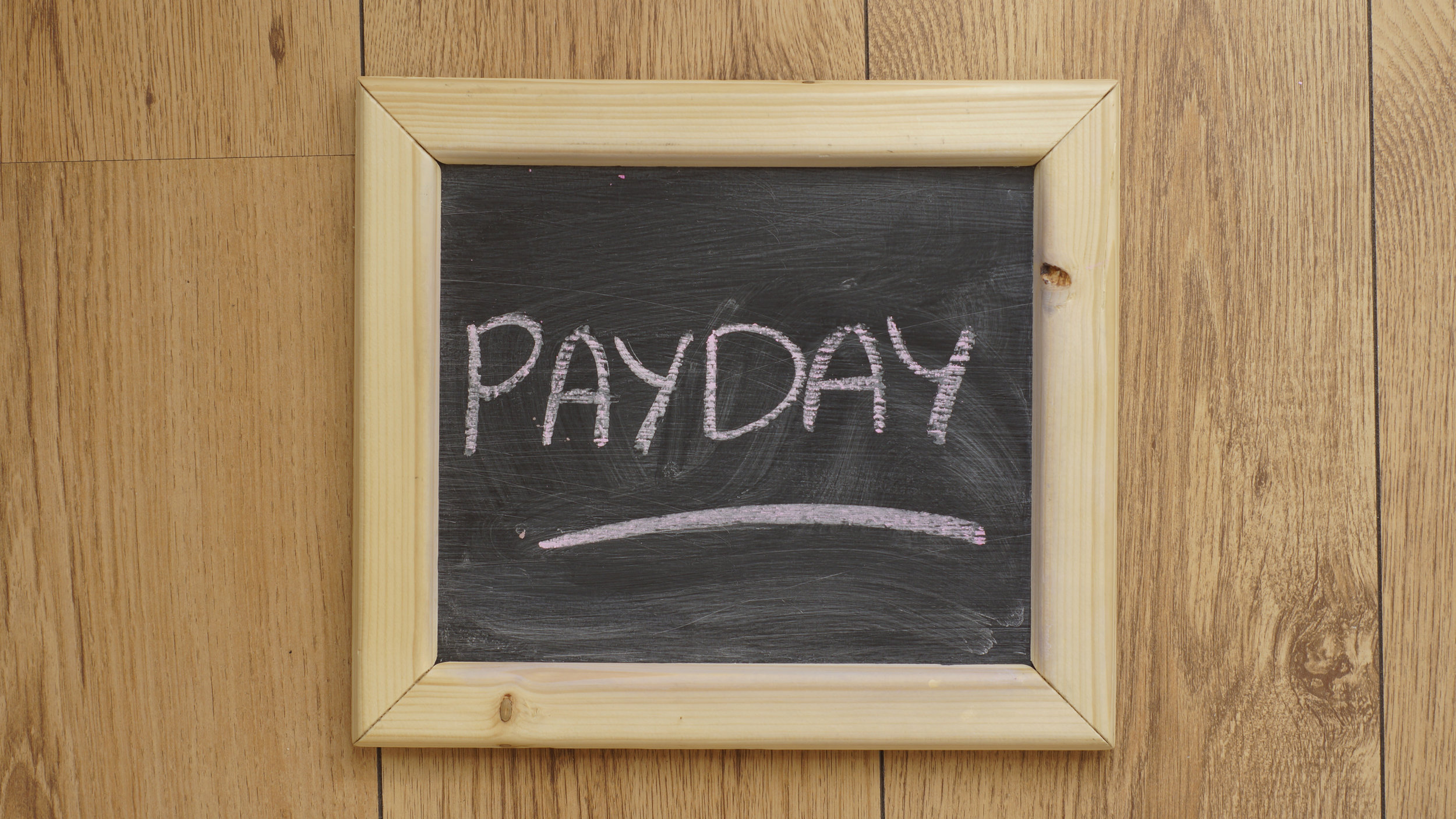 6 Tips To End The Cycle of Living Paycheck To Paycheck