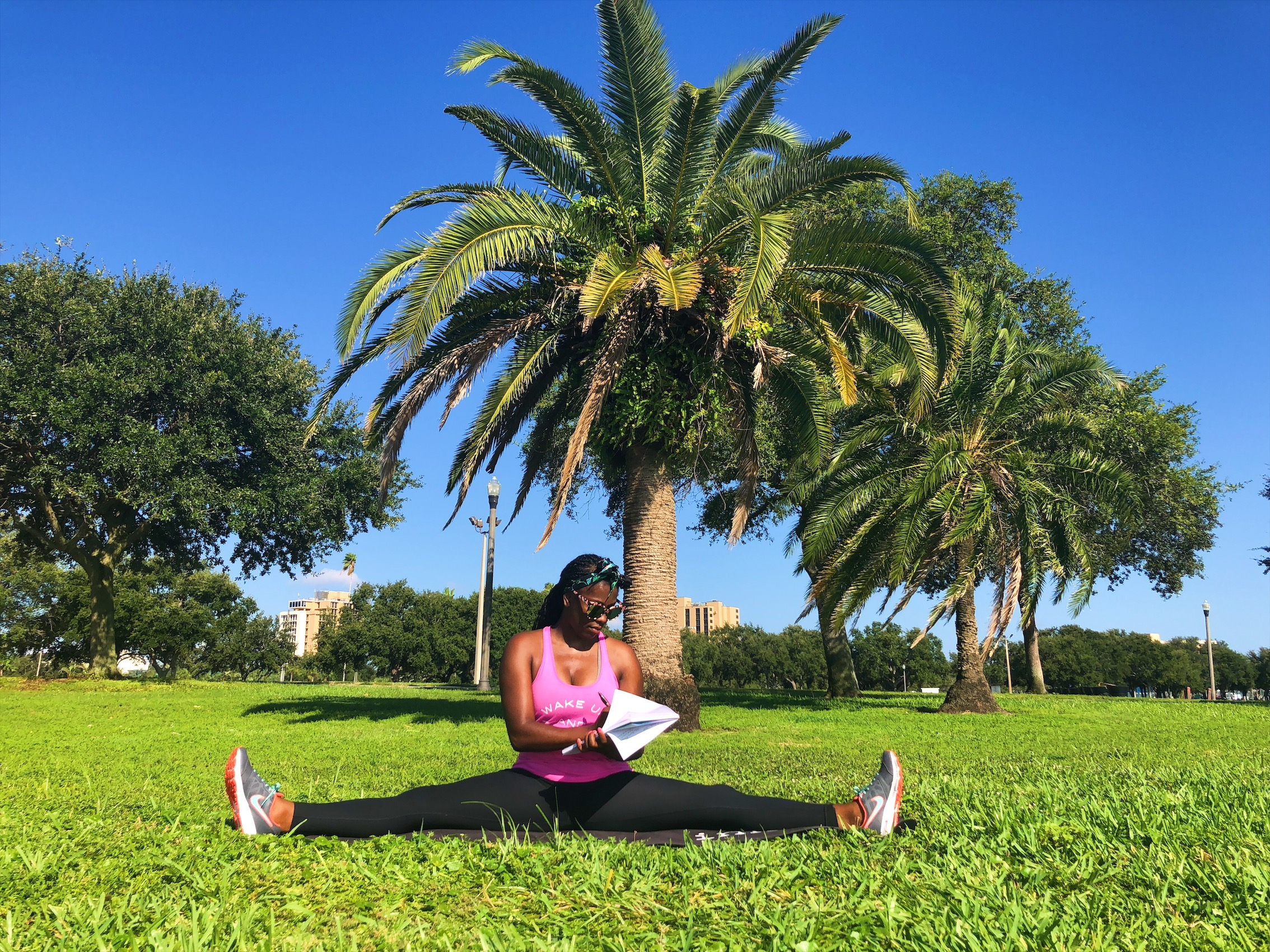 Use yoga to strengthen your minD bodY & souL! - Use tools and resources to create a financial plan and get to EXECUTING!