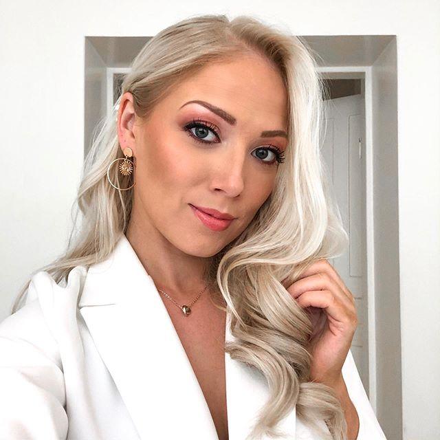 Tänään kävin päivällä kurkkaamassa Miss Helsinki 2020 ensimmäistä karsintapäivää ja illalla oon tuomaroimassa haastiksissa! Tänään valitaan ekat semifinalistit illan shown jälkeen! Show Vanhalla ylioppilastalolla klo23.00! @summerheatclub