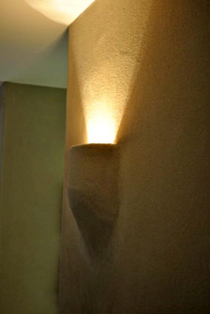 leemfinish_beautysalon_wandlamp_antwerpen.jpg
