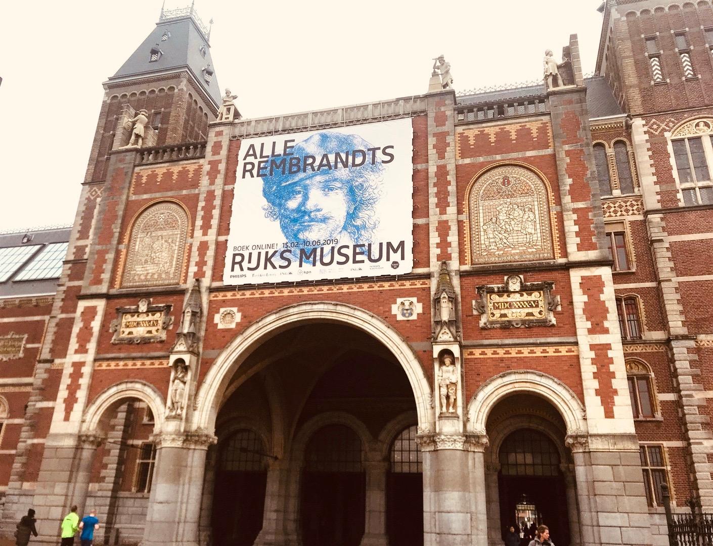 Rijks Museum exterior.jpeg