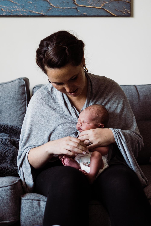 Newborn lifestyle-7.jpg