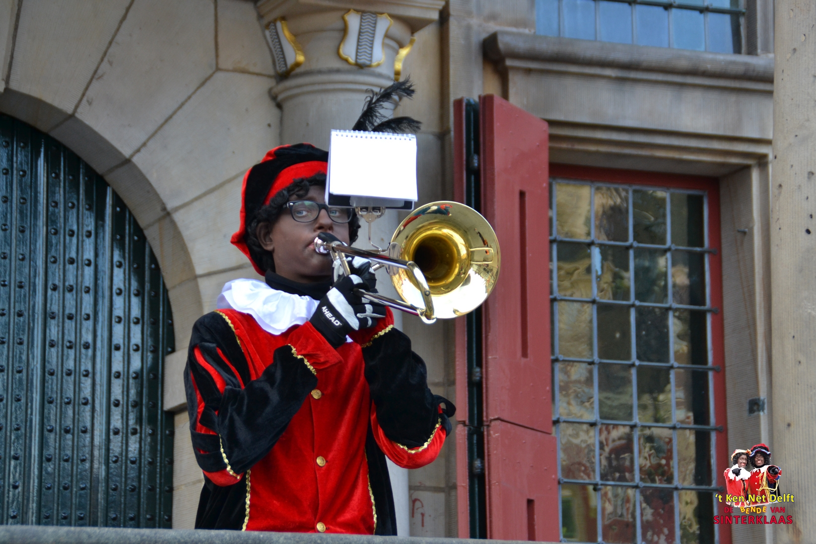 Solo foto mij als Zwarte Piet in Delft 2016.JPG