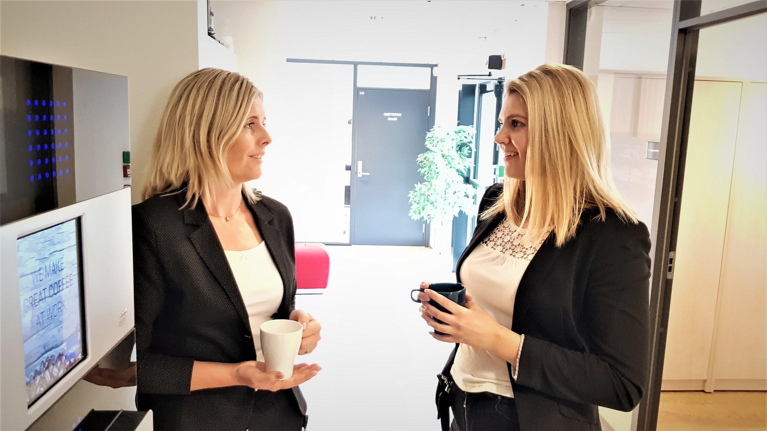 Rådgiver og samtalepartner - Rollen som autorisert regnskapsfører blir stadig oftere som rådgiver og samtalepartner innen økonomi.