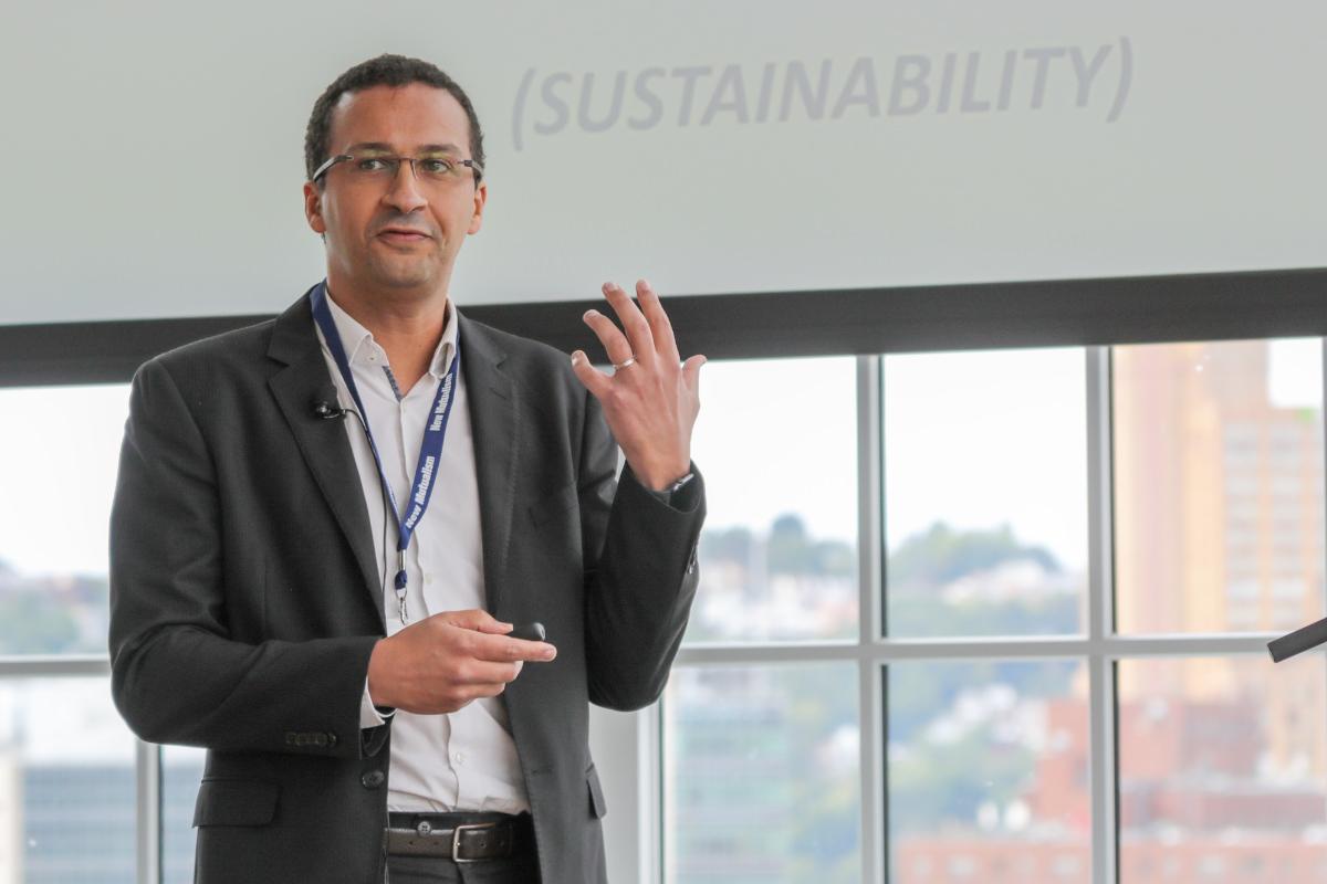 Yassine El Ouarzazi    presenting on Mutual P&L