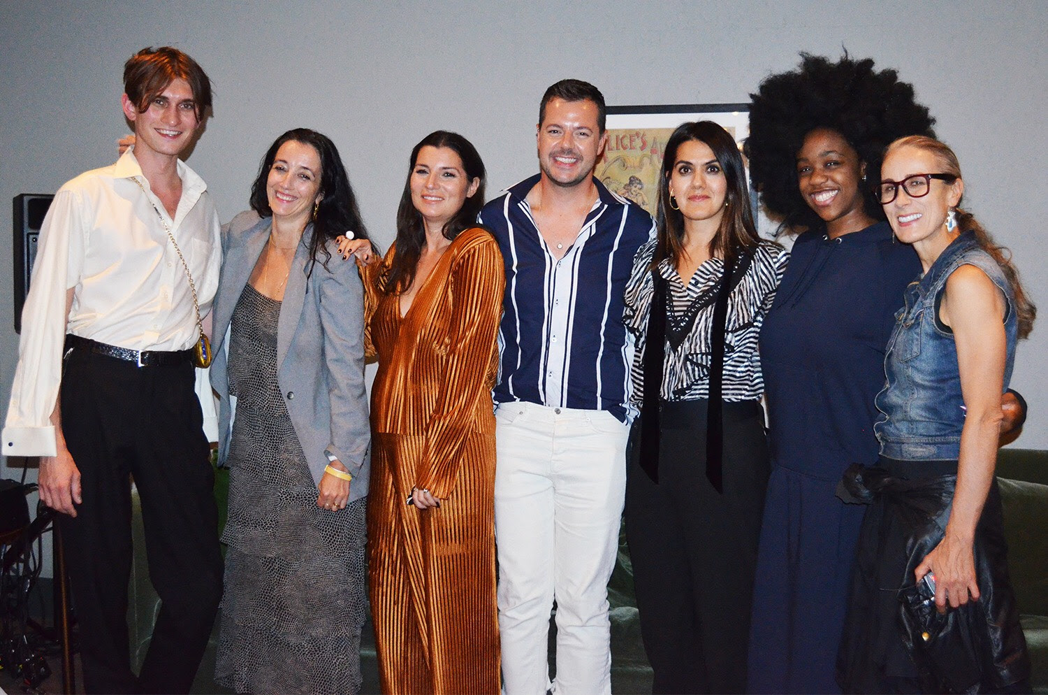 FASHION ROUNDTABLE X THE HOX: BODY IMAGE & IDENTITY POLITICS WORKSHOP - LED BY CARYN FRANKLINSEPTEMBER 2018Speakers: Jacob Mallinson Bird, Chidera Eggerue, Grace Woodward, Jules Von Hep, Farrah StorrCurated shop with Paradise Row, Birdsong London, Milk Tooth London and Gather and See.