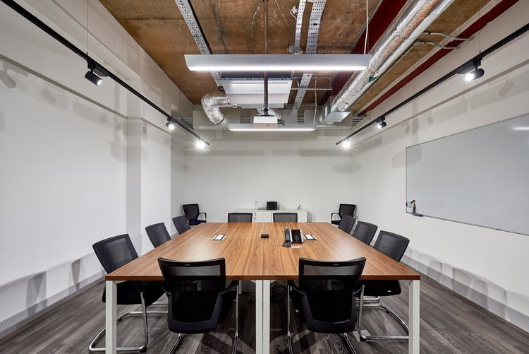 What is office fit out? - Read our comprehensive guide on the ins and outs of office fit out, as well as the different types of projects and options available.