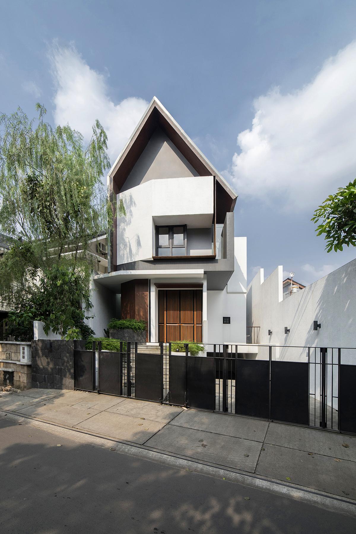Rumah Mandor - Atelier Riri