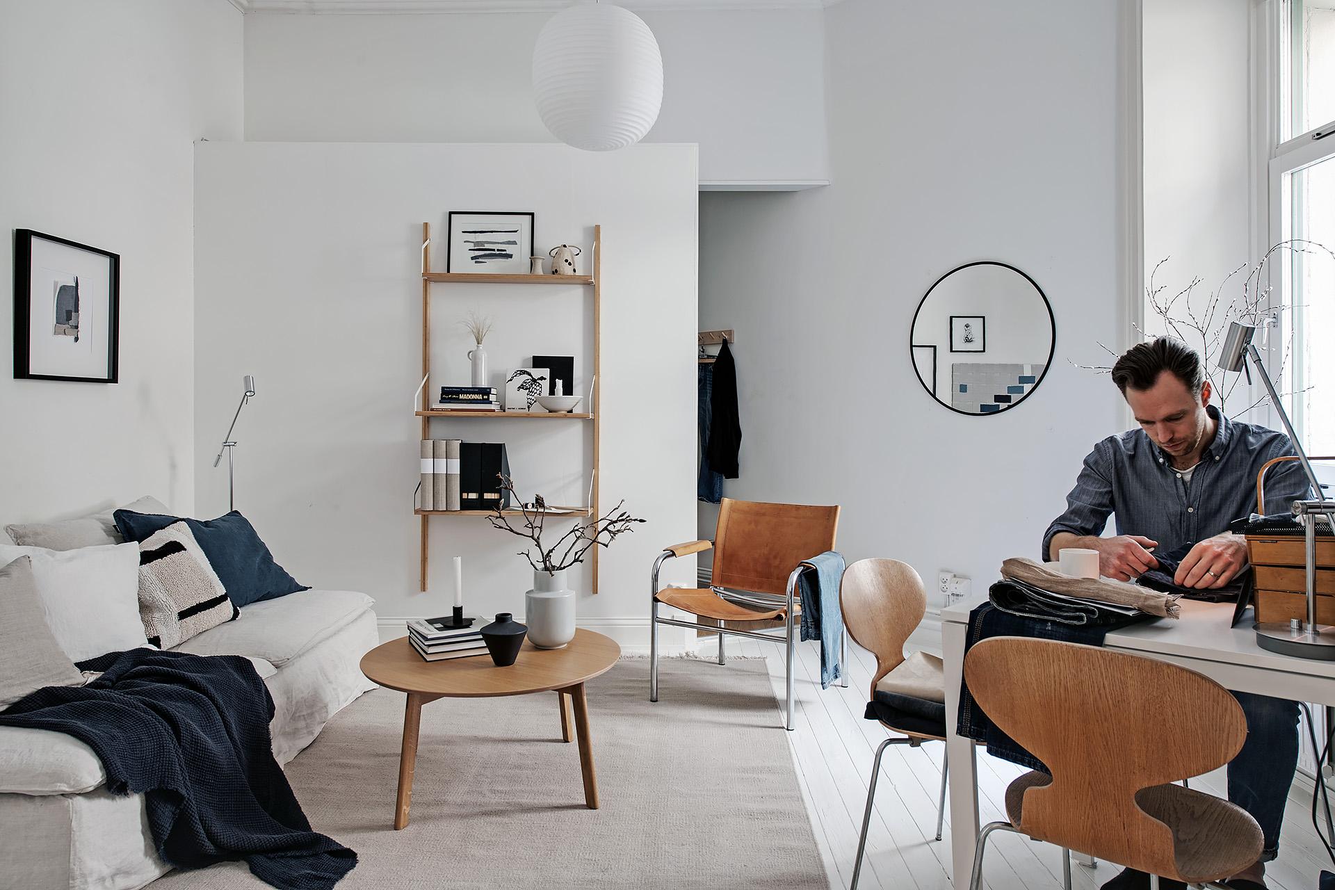 Modern living room with blue denim accents / via @kronekern