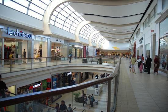 Sunridge Mall Hallway Interior 1.jpg