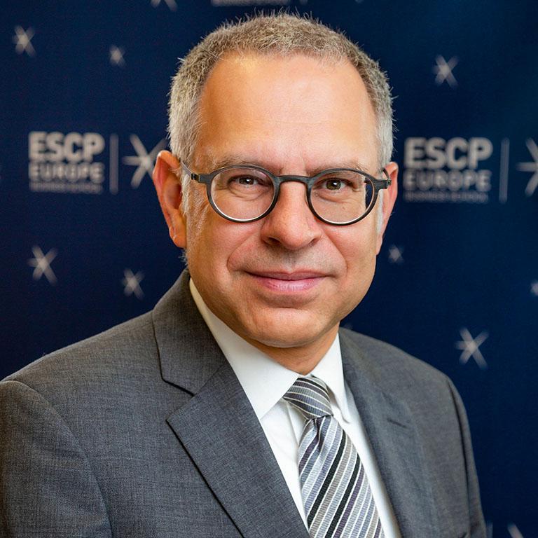 Stefan-Schmid-chair-international-management-and-strategic-management-ESCP-Europe-Berlin.jpg