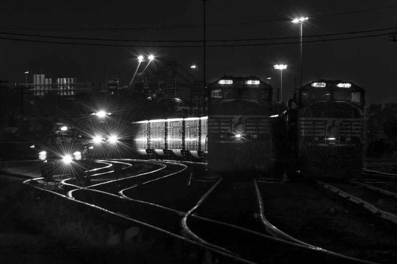 2016-11-06_FreightTrain_RFSullivan_-6.jpg