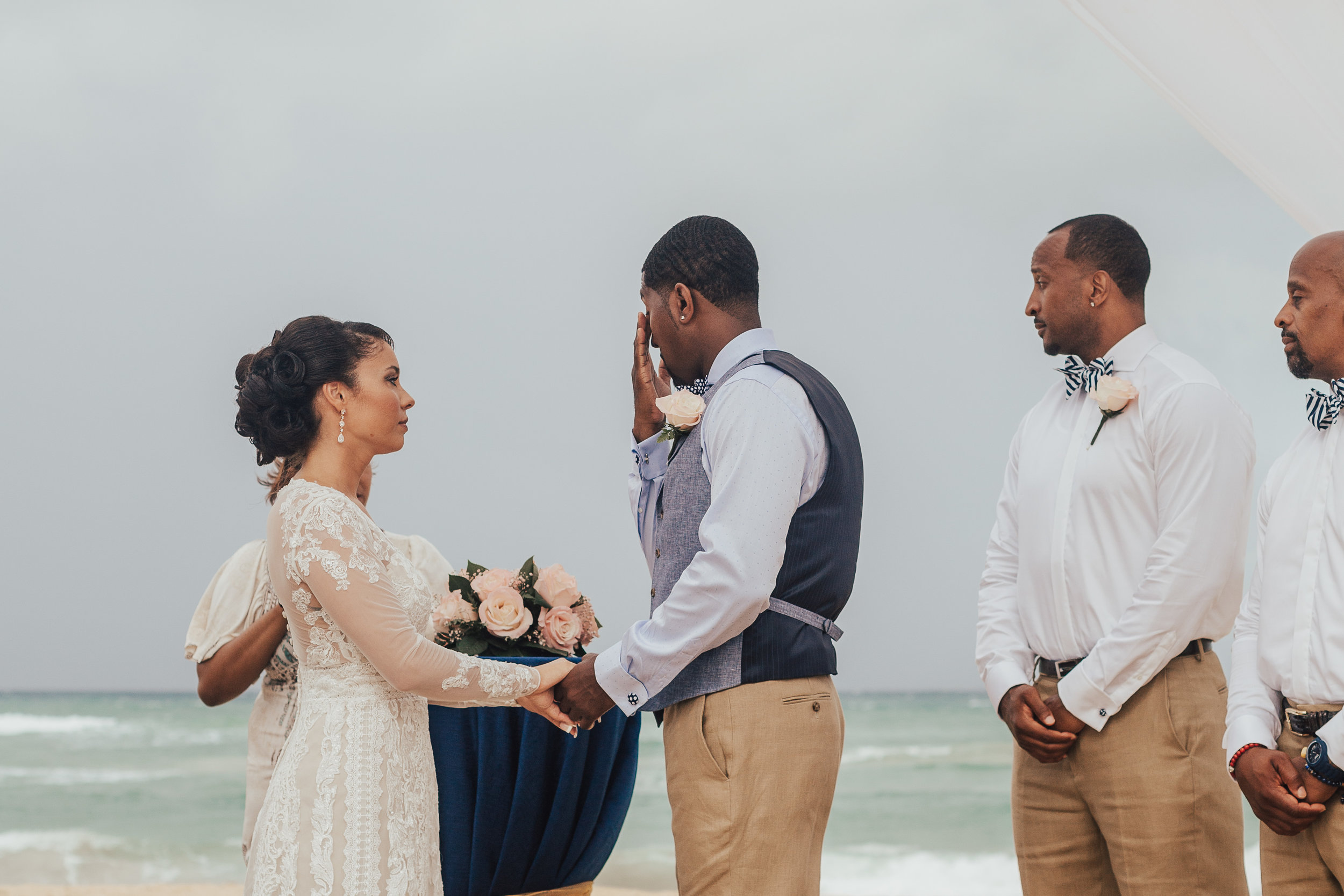 Destination-Wedding-Photographer-cleveland-wedding-photographer-elopement-photographer-punta-cana