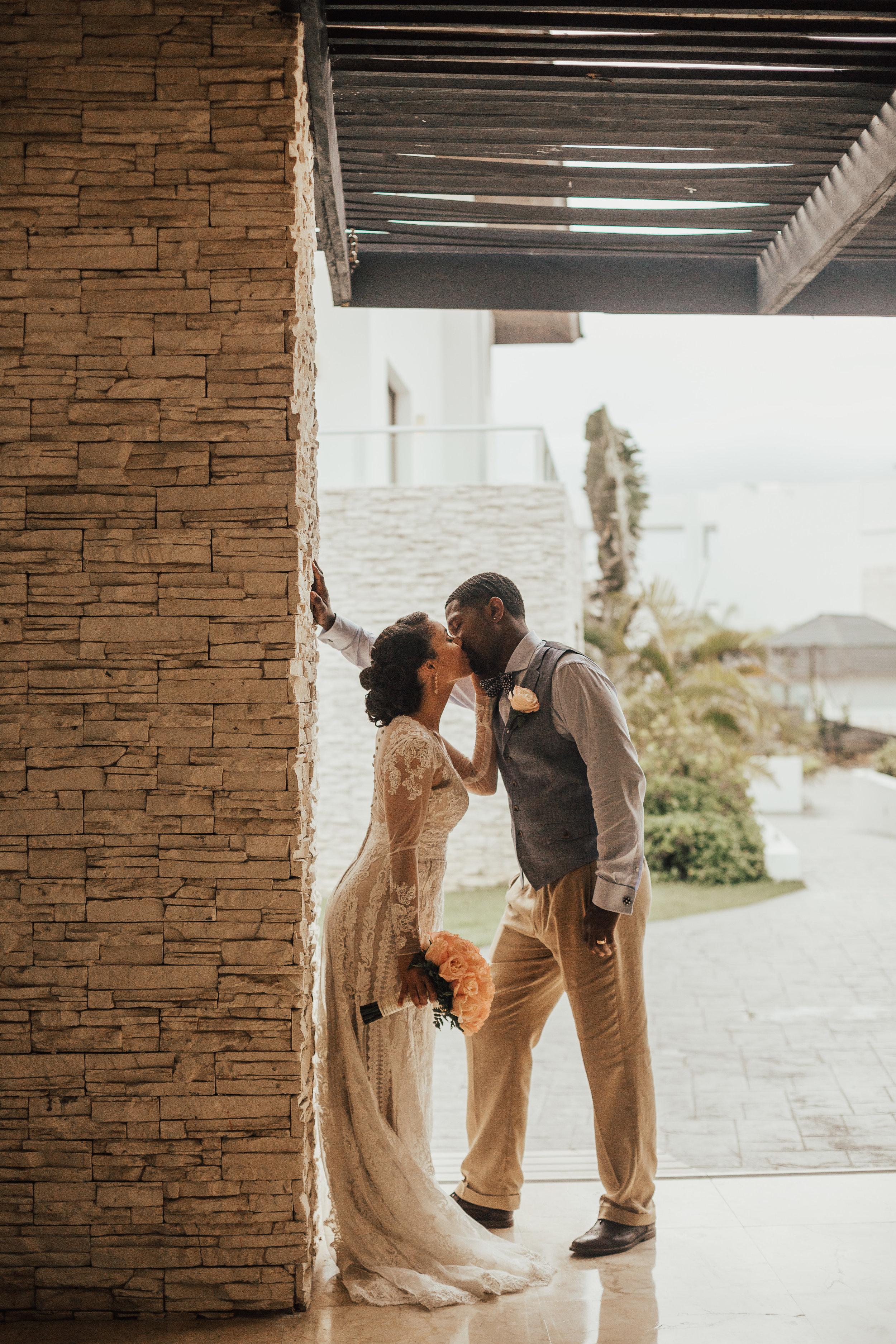 Destination-Wedding-Photographer-cleveland-wedding-photographer-elopement-photographer-punta-cana-chic-resort