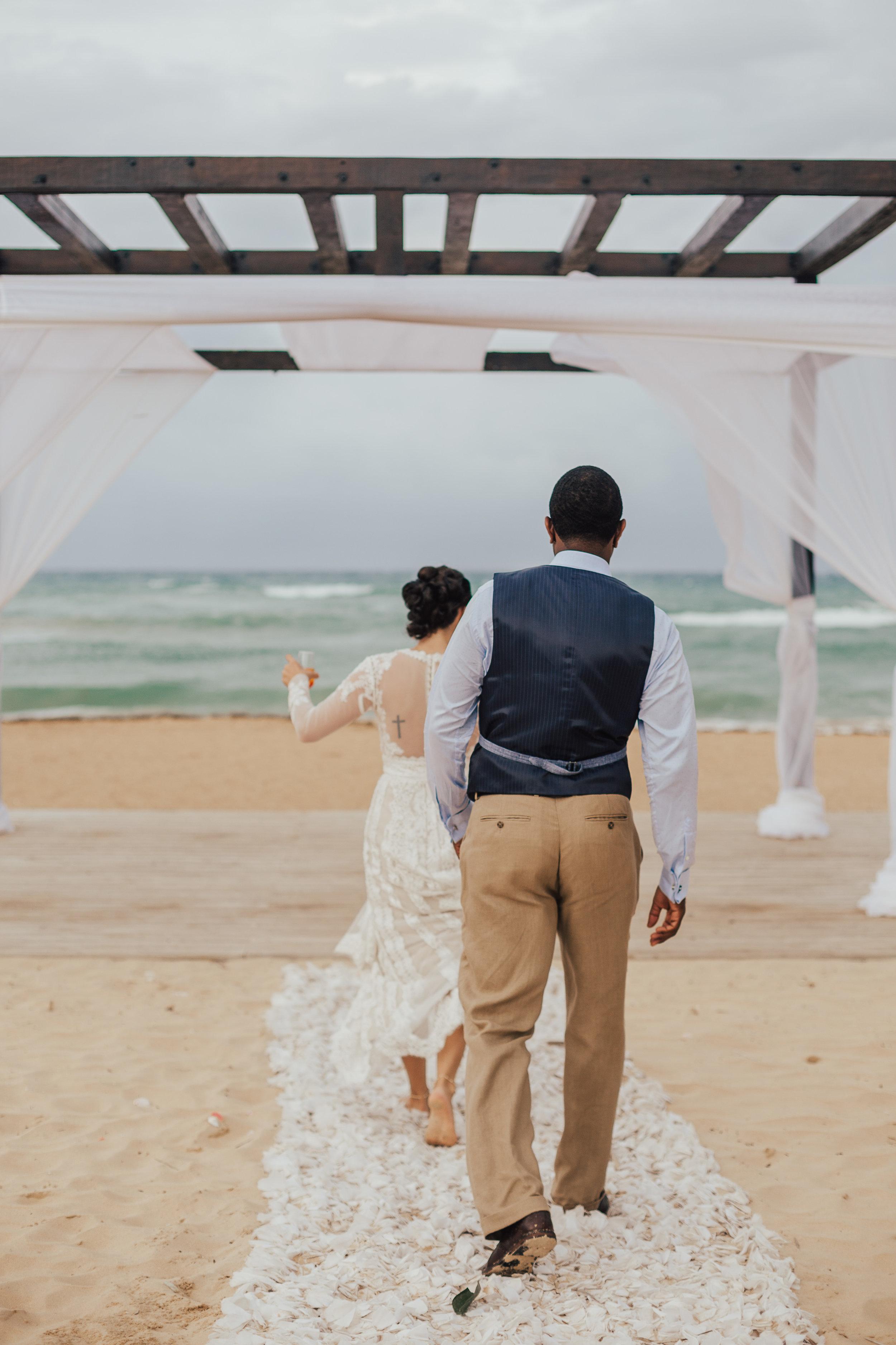 Destination-Wedding-Photographer-cleveland-wedding-photographer-elopement-photographer-tulum-wedding-photographer-azulik-photographer