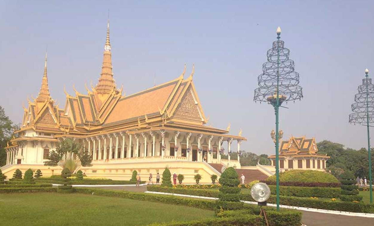 Royally beautiful, the Palace in Phnom Penh