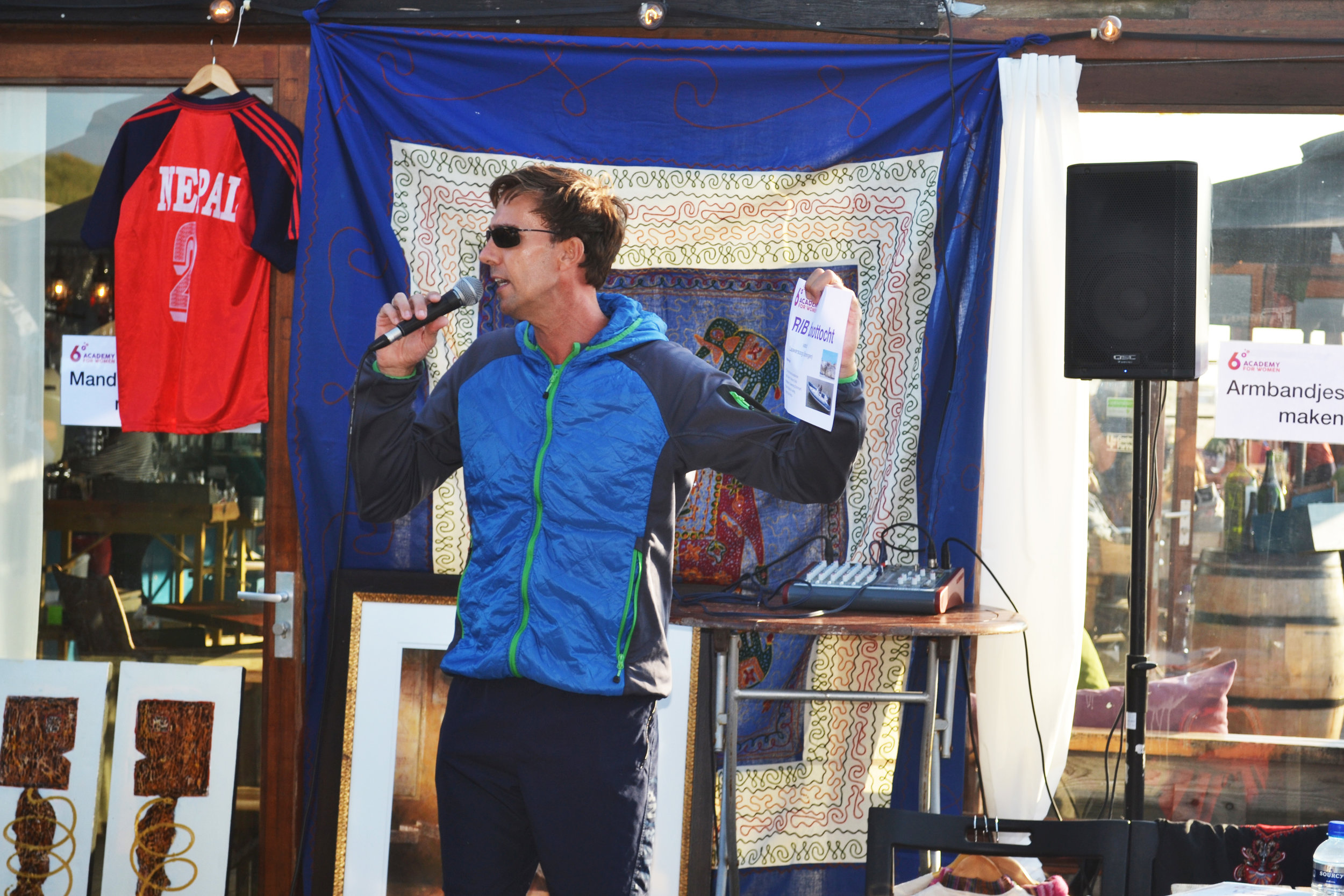 One of our fundraising team, Arjen's auction master skill was impressive