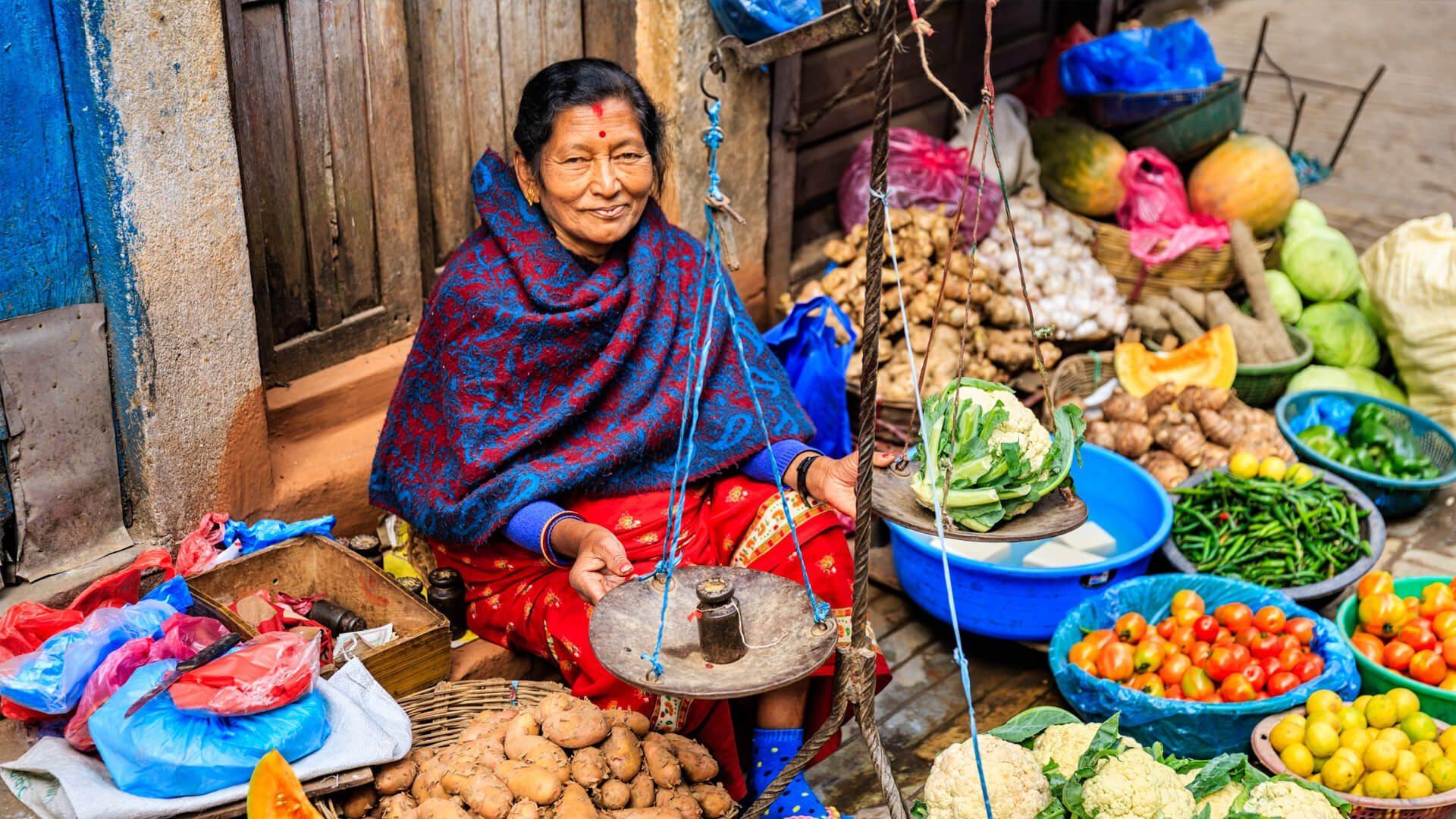 streetfood-nepal-women.jpg