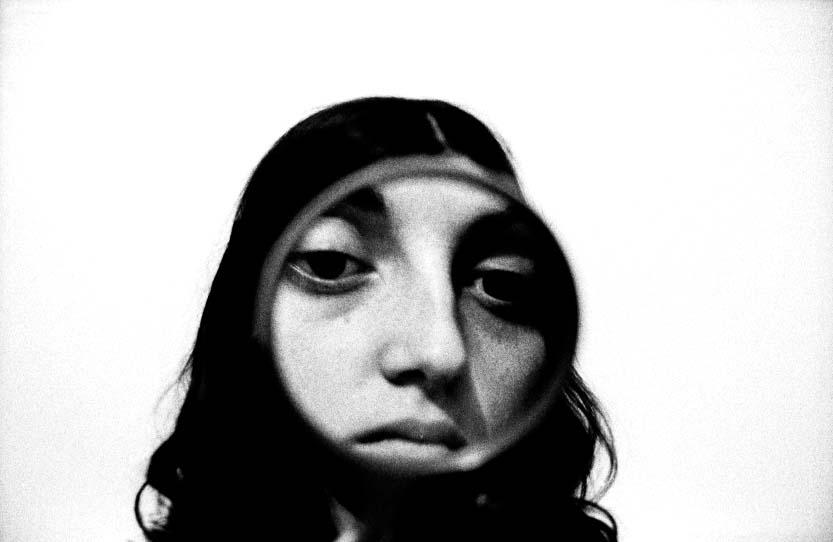 Pénélope et une loupe, 1972