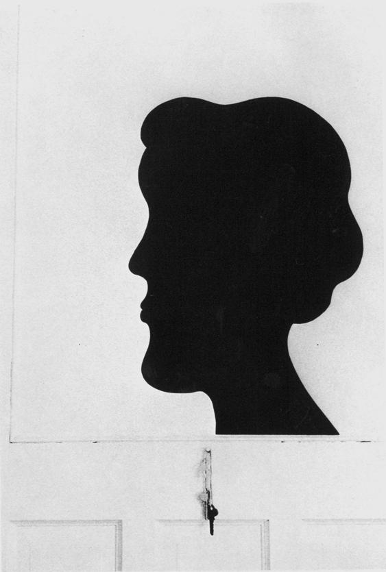 Silhouette de papier noir, 1974