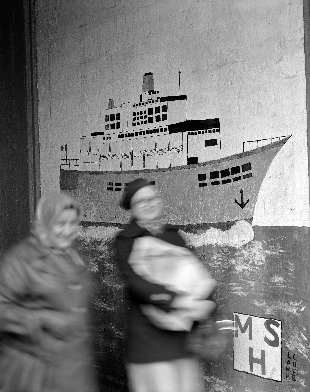 bateau sur mur.jpg