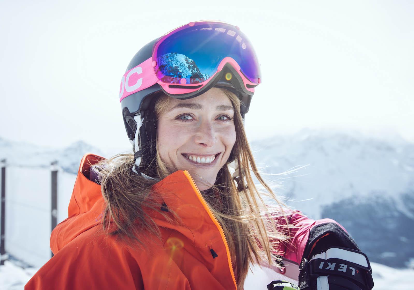 Portrait von Ina beim Wintersport