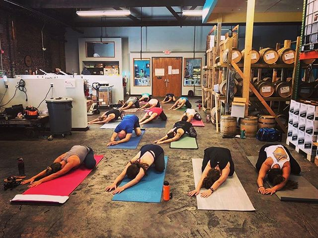 Come practice with me tonight and set your intention for a healthier 2019! For the month of January, I'll be teaching a 6pm flow every Tuesday at @postmodernspirits as part of their healthier options this year. They have no-cal, low-cal, and no-alcohol options, so come take your pick after your practice! #flowanywhere