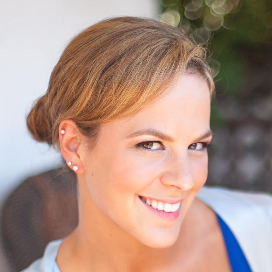 Carrie Kounanis   Director of Customer Care