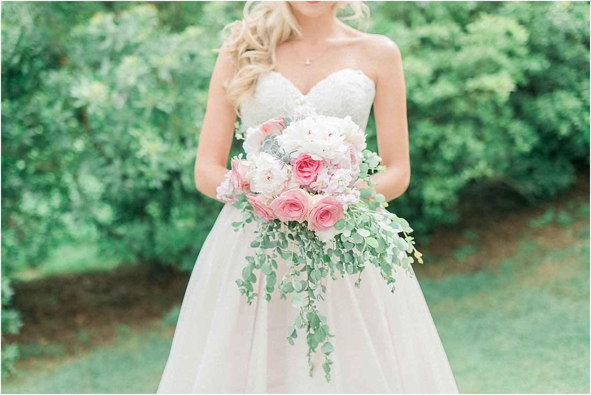 Houston_Wedding_Photographer_Wedding_Photography_CarriageHouse_ConroeWedding_BlushWedding_CountryChicWedding_TexasBride-19.jpg