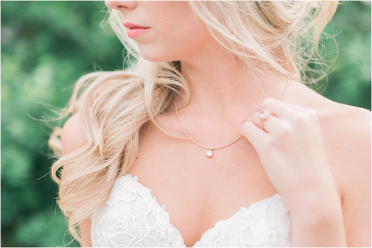 Houston_Wedding_Photographer_Wedding_Photography_CarriageHouse_ConroeWedding_BlushWedding_CountryChicWedding_TexasBride-22.jpg