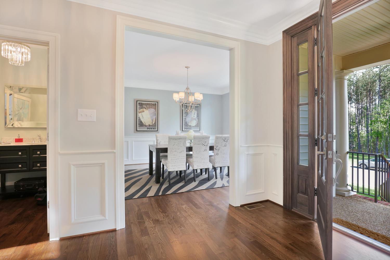 17119+Shoreland+Dr+Moseley+VA-large-006-99-FoyerDining+Room-1500x1000-72dpi.jpg