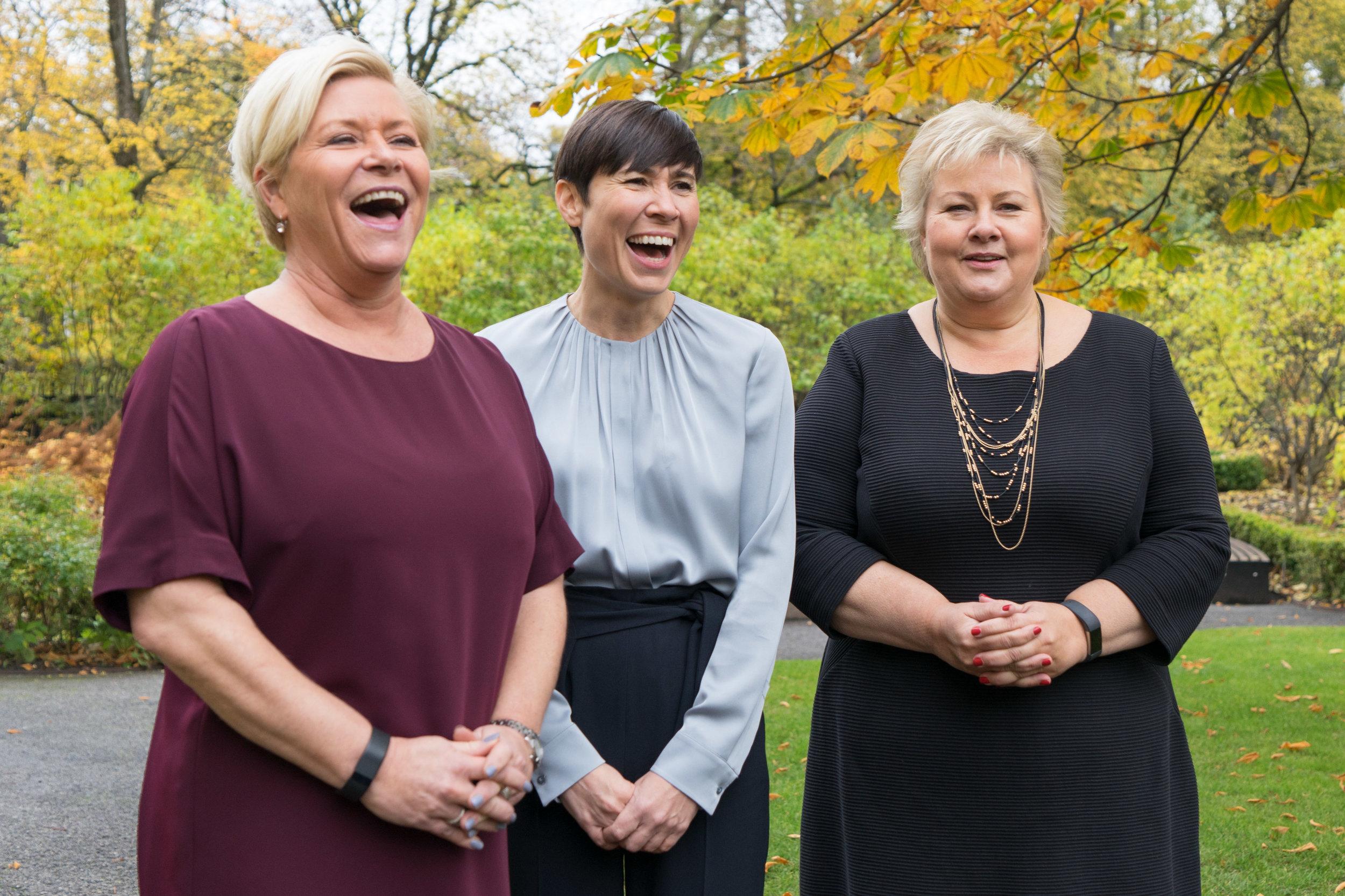 Etter 20. oktober i år er det tre kvinner på topp i regjeringa; finansminister Siv Jensen, utanriksminister Ine Eriksen Søreide og statsminister Erna Solberg. Foto: Statsministerens Kontor/Flickr