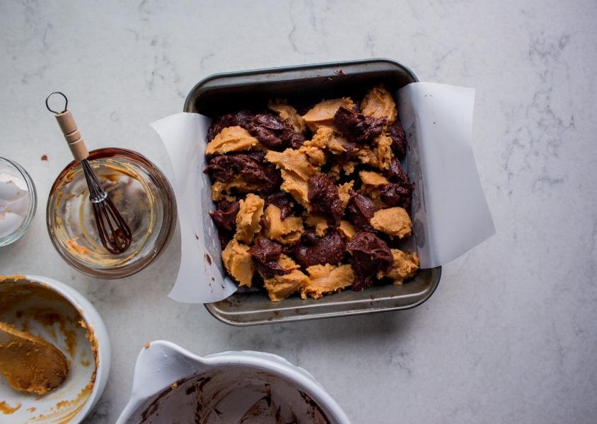 peanut butter swirl brownies-3.jpg