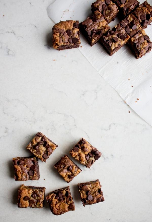 peanut butter swirl brownies-10.jpg