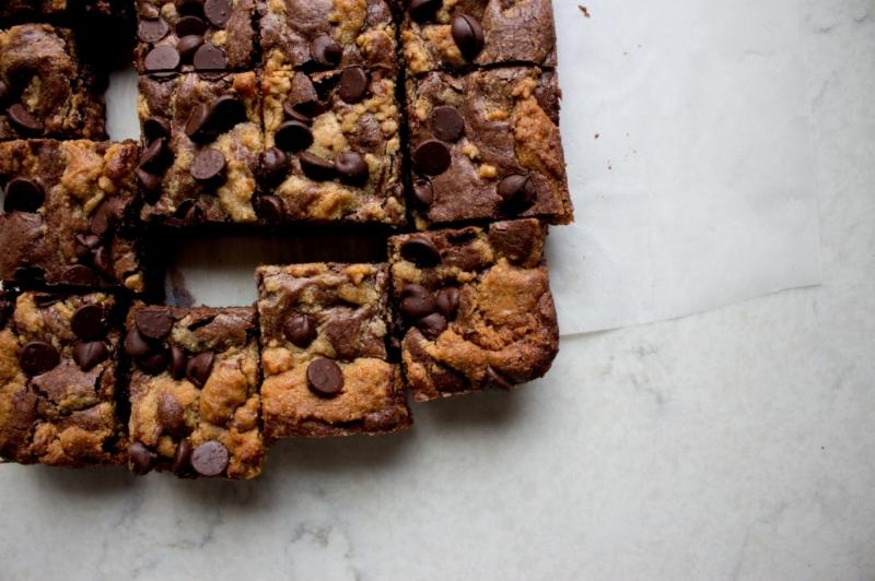 peanut butter swirl brownies-8.jpg