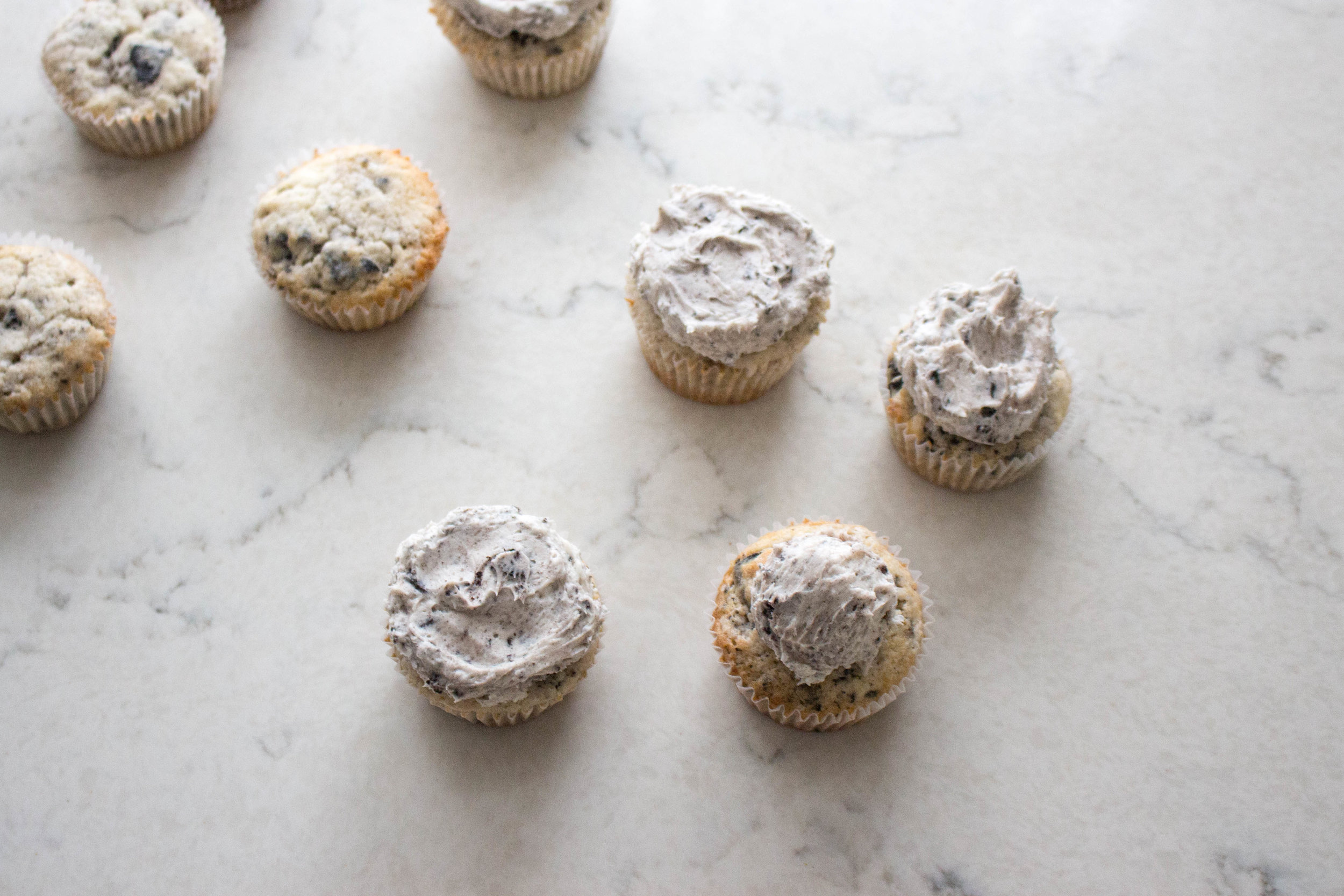 cookies and cream cupcakes-6.jpg