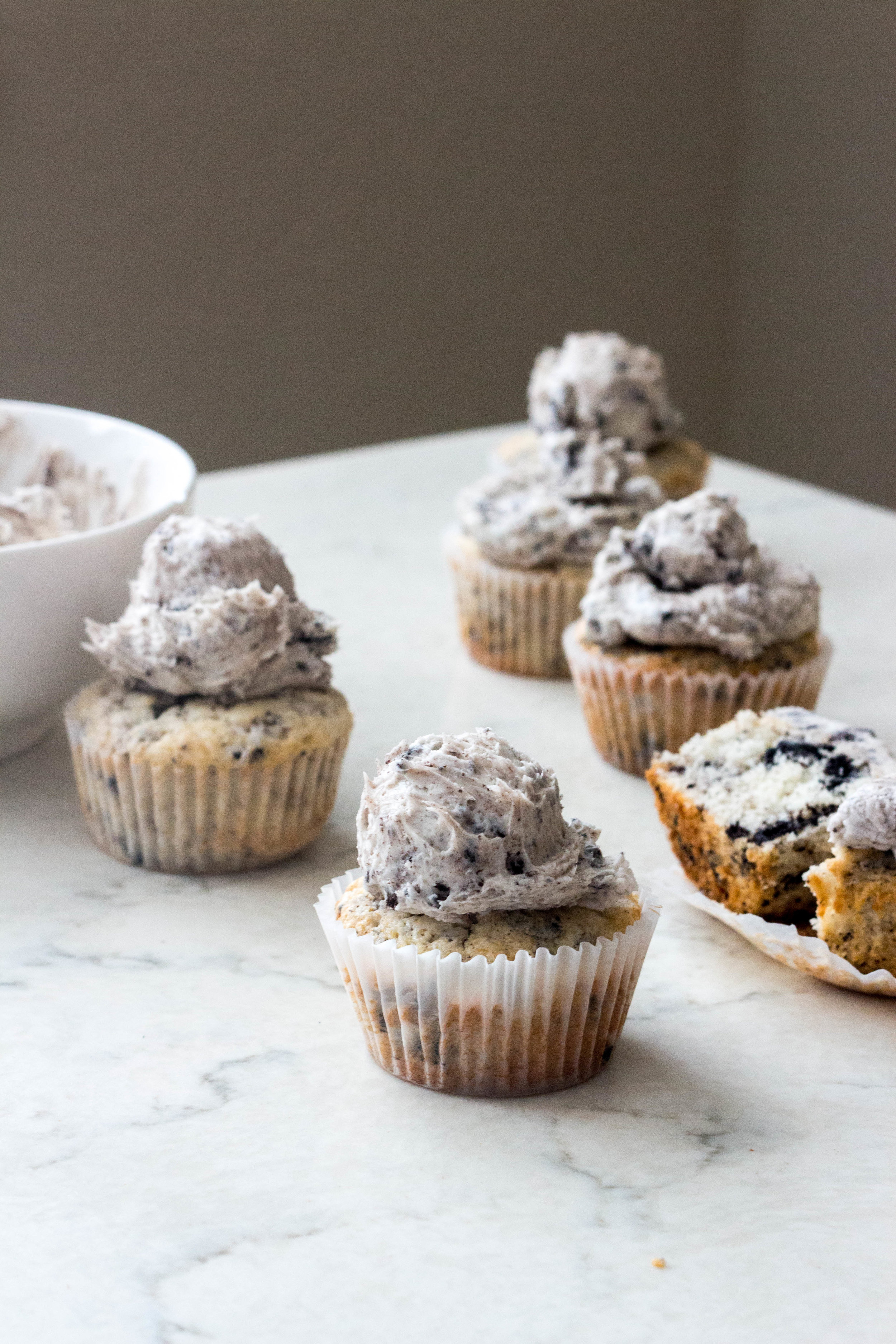 cookies and cream cupcakes-12.jpg