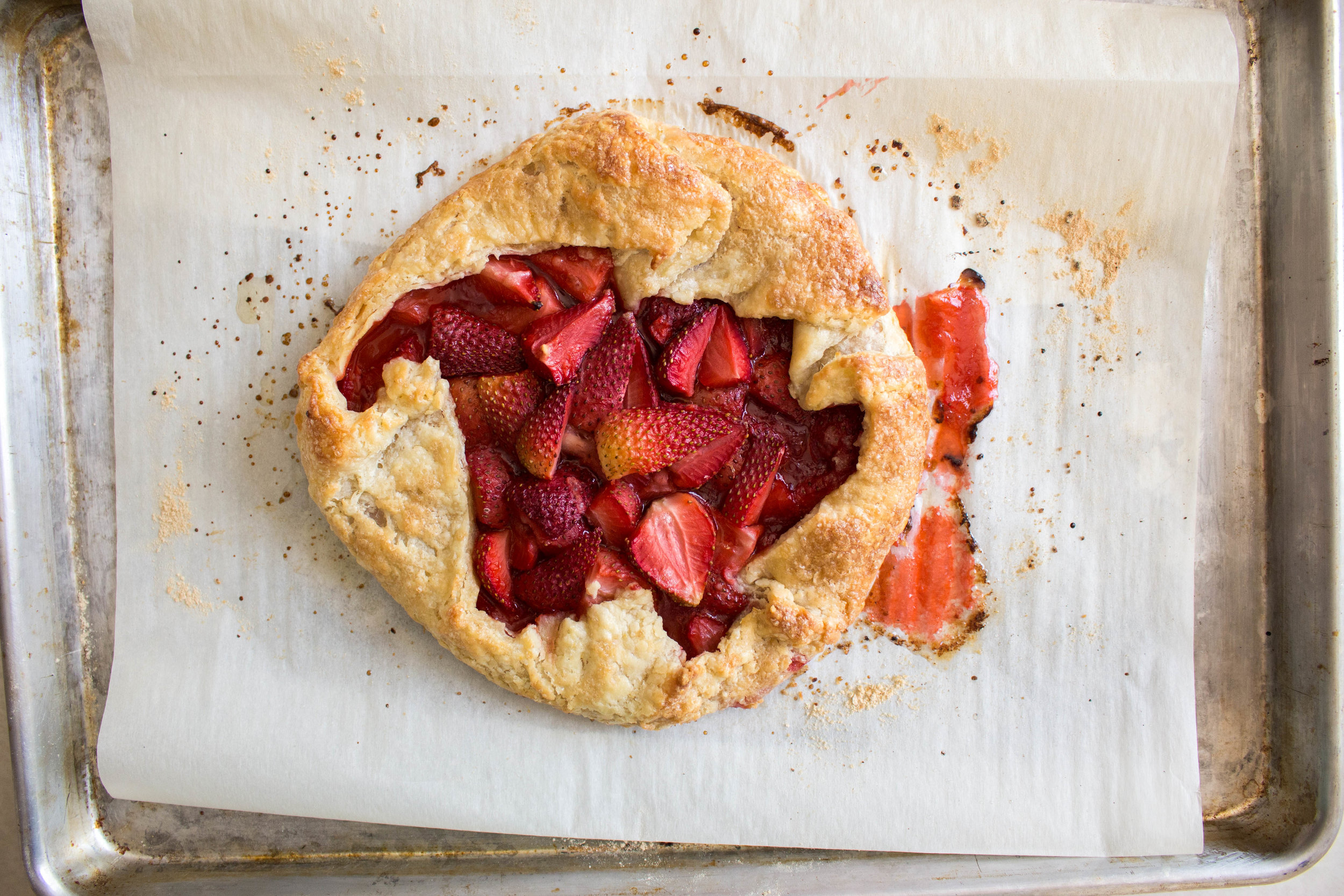 strawberry galette-8.jpg
