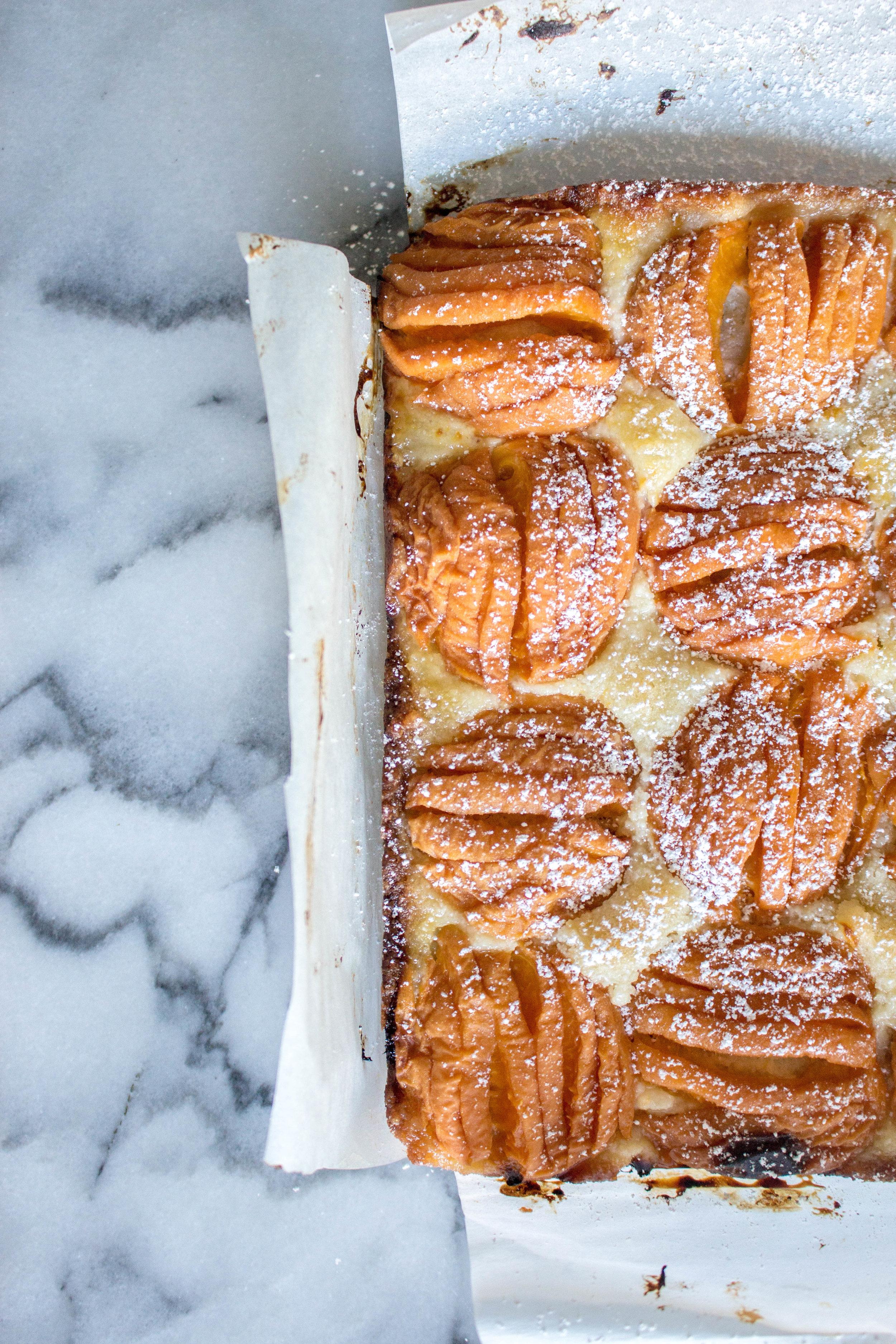apricot almond bars-4.jpg