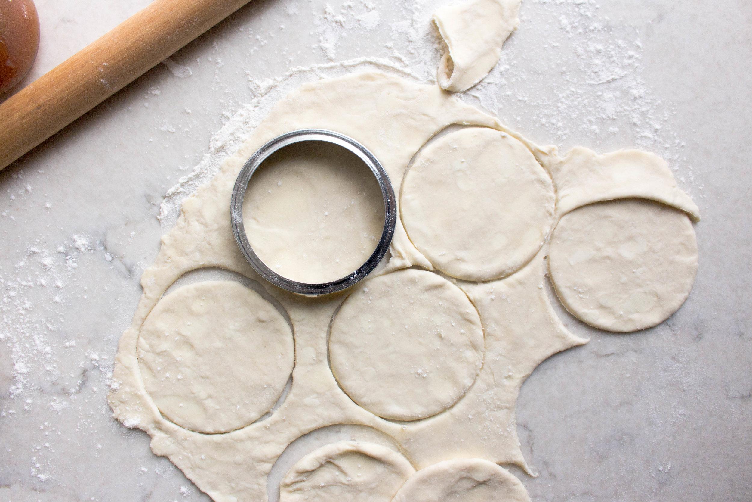 apricot jam hand pies-2.jpg