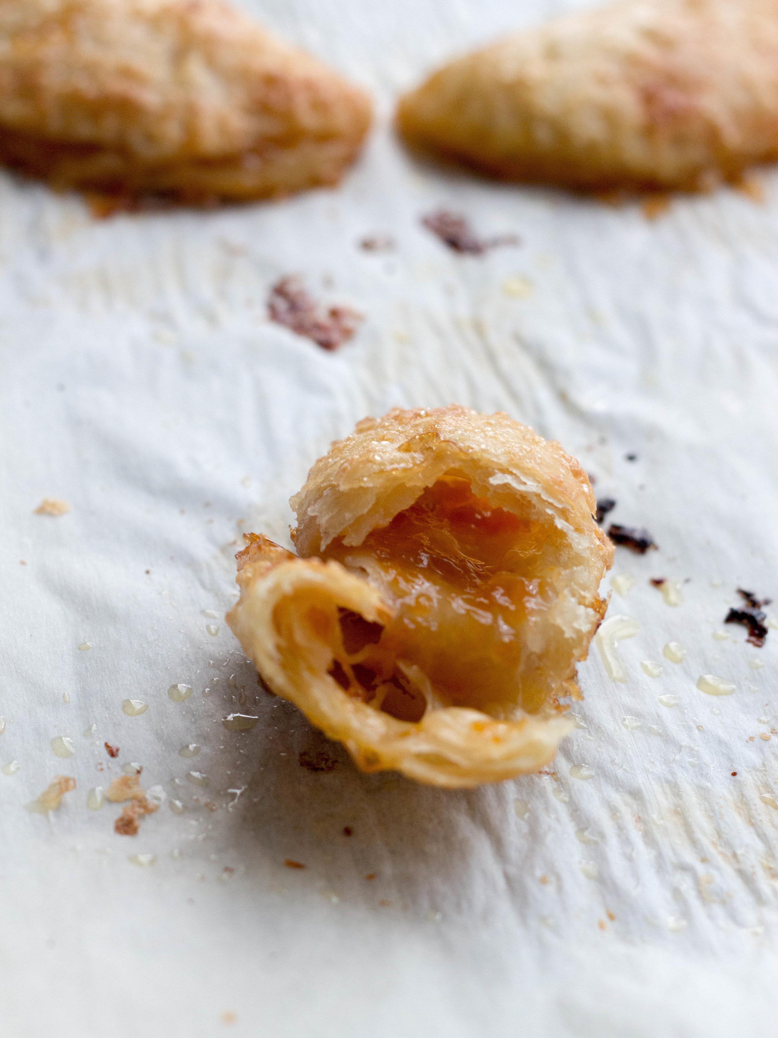 apricot jam hand pies-15.jpg